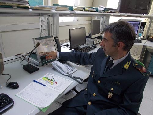 Genoa maxi truffa di un promotore finanziario