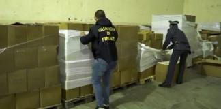 Padova, maxi sequestro di bottoglie di champagne contraffatte