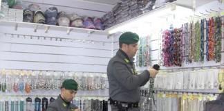Torino sequestrati 4 milioni di articoli pericolosi