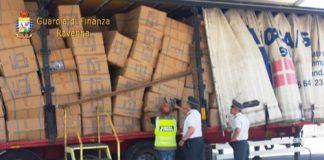 Ravenna, importazione prodotti contraffatti