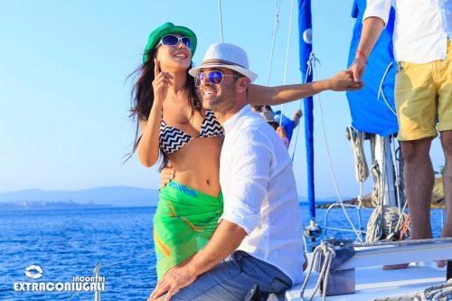 Mare vacanza coppia vela estate