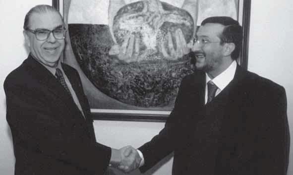 New York ONU, cerimonia di consegna dell'opera Il Debito Estero, L'Ambasciatore Francesco Paolo Fulci e Francesco Guadagnuolo
