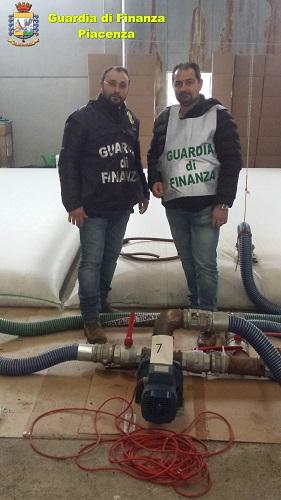Piacenza furto e rivendica di oltre 50 tonnellate prodotti petroliferi