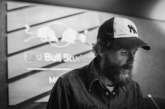 Jovanotti-Red Bull Studio Mobile