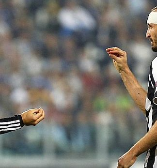 Ronaldo-Chiellini