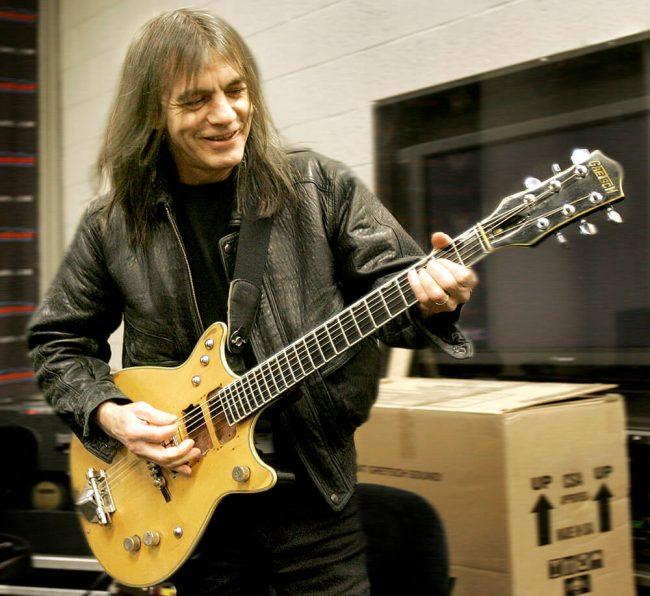 Lutto nel mondo della musica: è morto Malcolm Young degli AC/DC