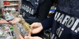 Torino sequestro prodotti pericolosi