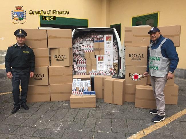 Napoli lotta contrabbando sigarette