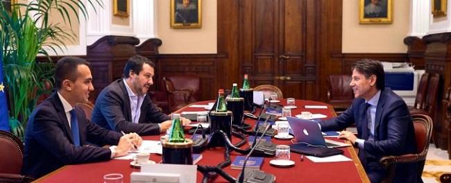 Governo: slitta la consultazione sulla lista Ministri tra Conte e Mattarella