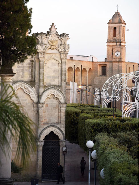 Erchie città dei tre santi ospita Emozioni dalle terre del primitivo