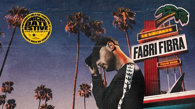 """Fabri Fibra di nuovo Live con """"Le Vacanze Tour"""": ecco le date estive"""