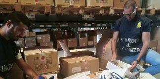 Torino contraffazione maxi sequestro calzature
