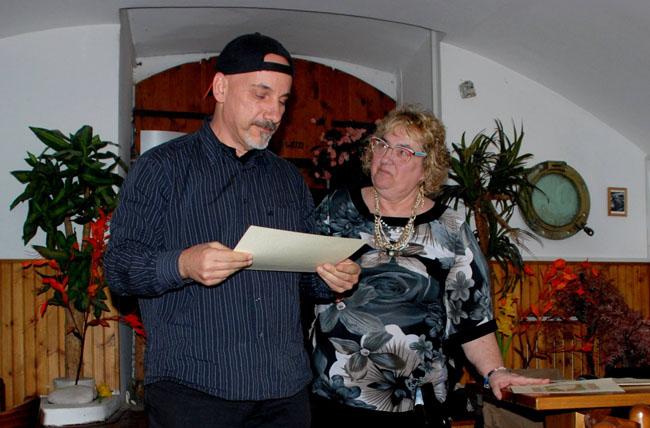 laila cresta durante una premiazione
