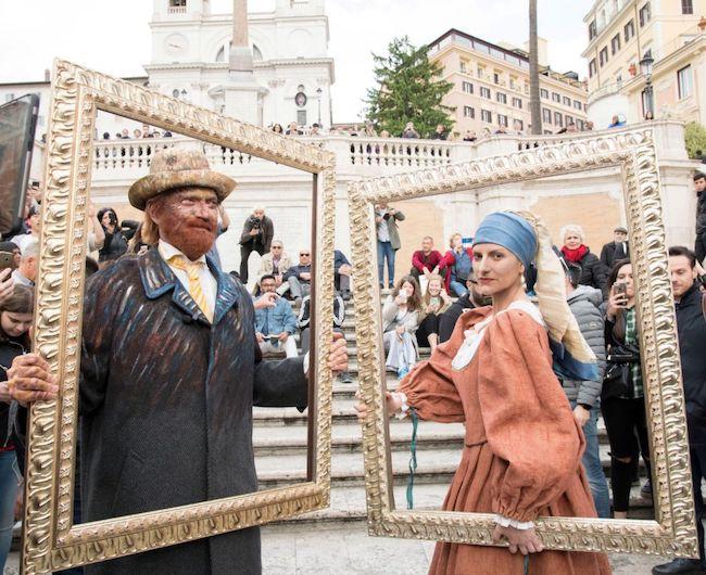 Pausini e Antonacci in Piazza di Spagna con un evento a sorpresa