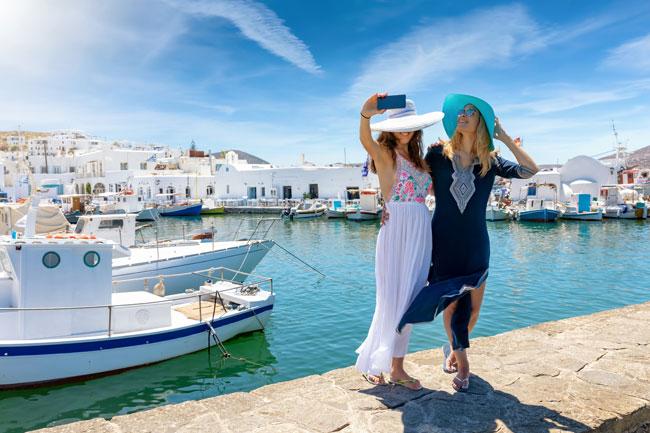 ragazze viaggio Grecia