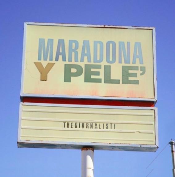 """""""Maradona y Pelé"""" è il nuovo tormentone dei Thegiornalisti"""