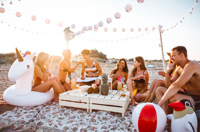 bere sulla spiaggia