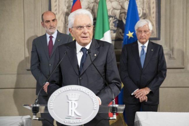 """Giornata del rifugiato: Mattarella, """"L'Italia non si è mai sottratta al salvataggio dei profughi"""""""