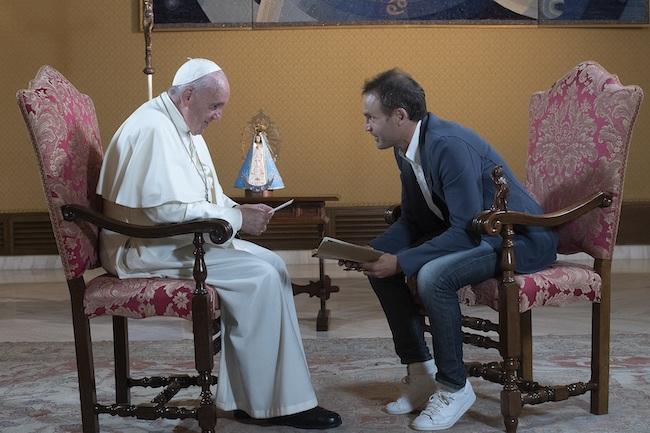 Papa Francesco e don Marco Pozza (credit ©VaticanMedia)