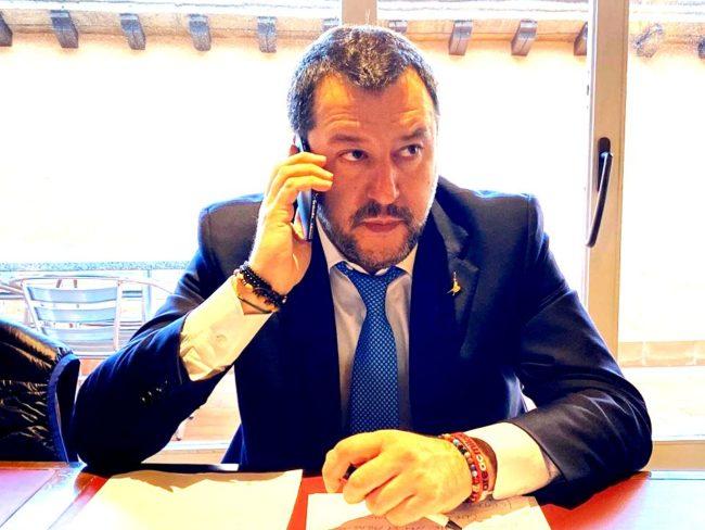 """Coronavirus, Salvini: """"Europa, se ci sei batti un colpo!"""""""