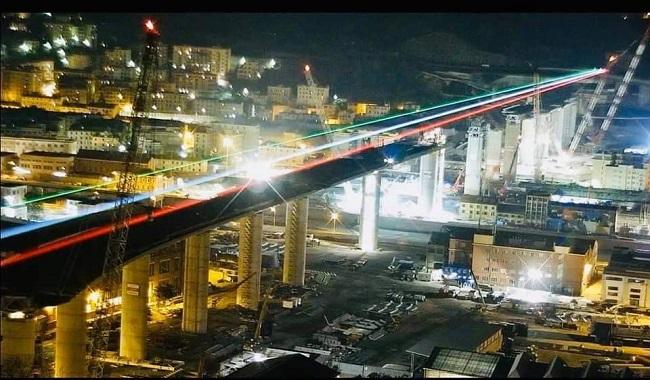 Anche il nuovo ponte di Genova si veste di tricolore!