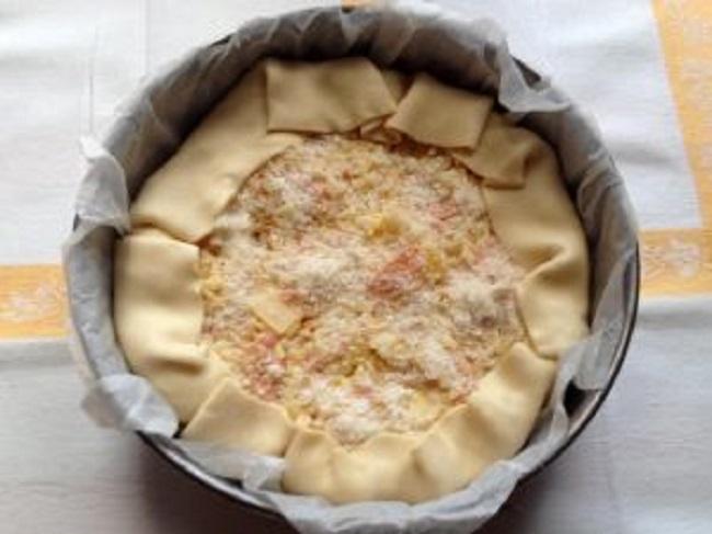 Torta salata di riso, prosciutto e formaggio: ricetta