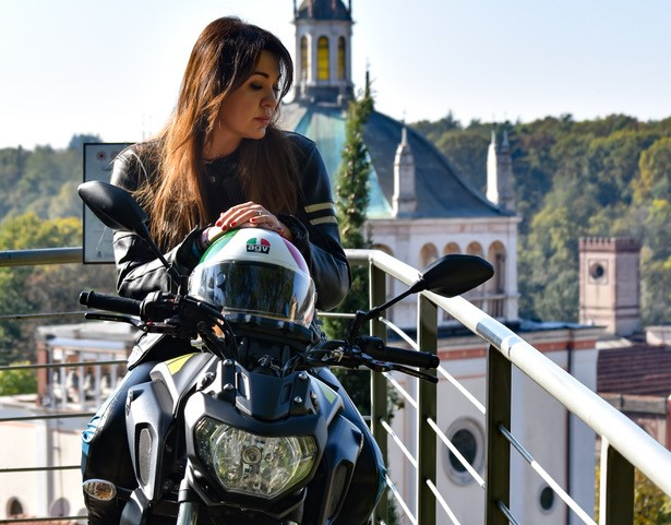 eliana macri biker