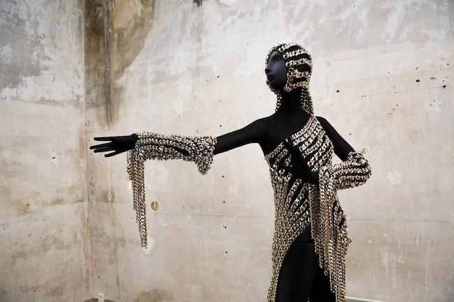 Capsule collection del giovane couturier Andrea Brocca a Parigi
