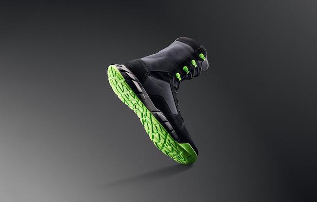 coyote neon boot