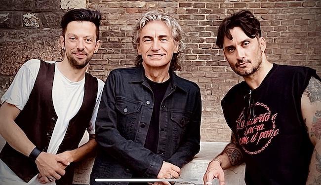 da sinistra Alessio De Leonardis Luciano Ligabue e Fabrizio Moro